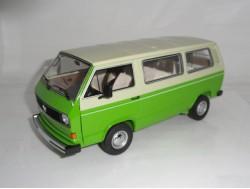 Volkswagen T3a Panorama bus Groen-creme Schuco 1:18